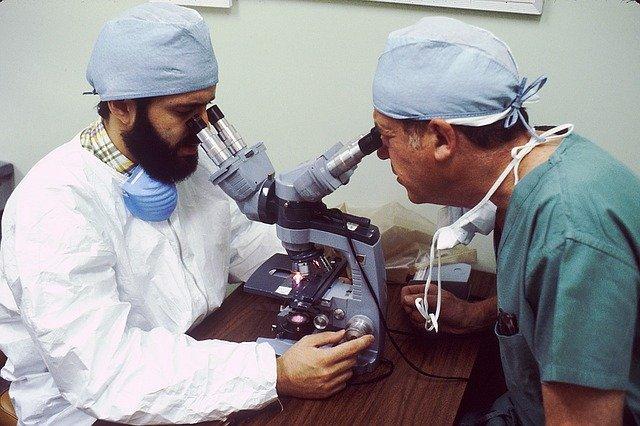 perito médico oftalmologo